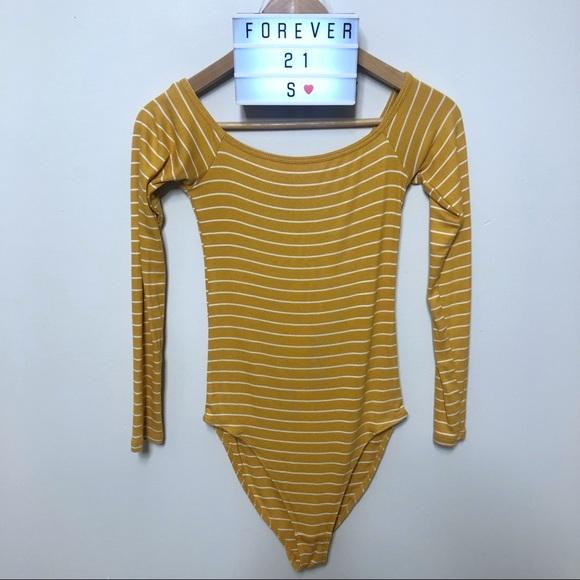 ⭐️5 FOR $25⭐️Forever 21 Off Shoulder Bodysuit